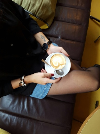 fashion love, fashion blogger, blogger, blogger style, what to wear for coffee